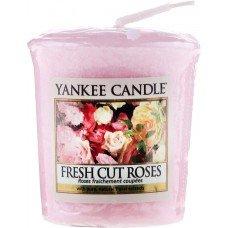 """Ароматическая свеча """"Свежесрезанные розы"""""""